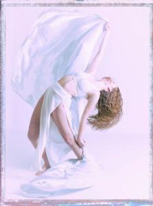 082 Florent  Poulain - Danseuse en blanc