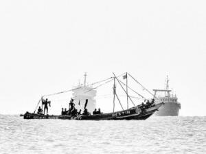 165 Christophe Penicaud - La pirogue Destin de Conakry